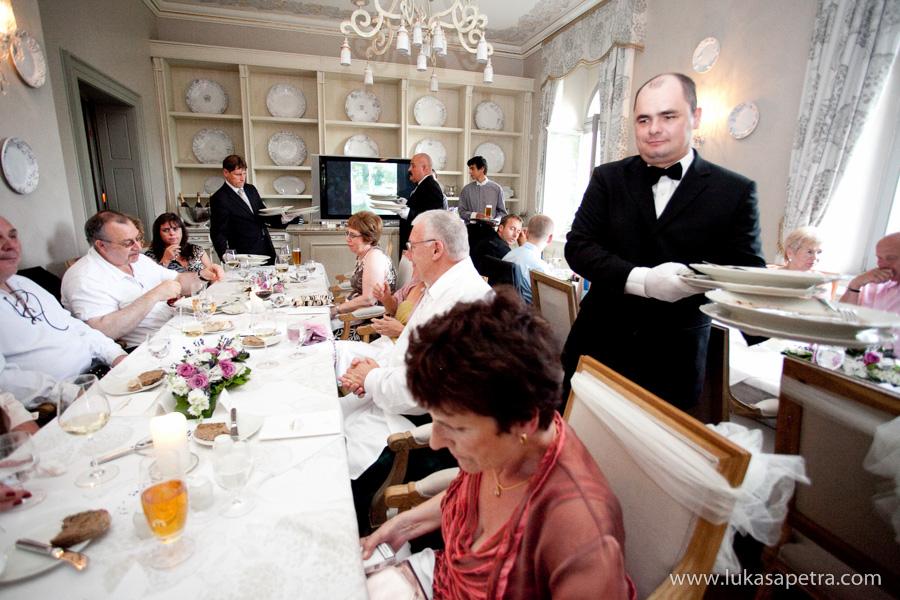 svatebni-hostina-fotografie-029