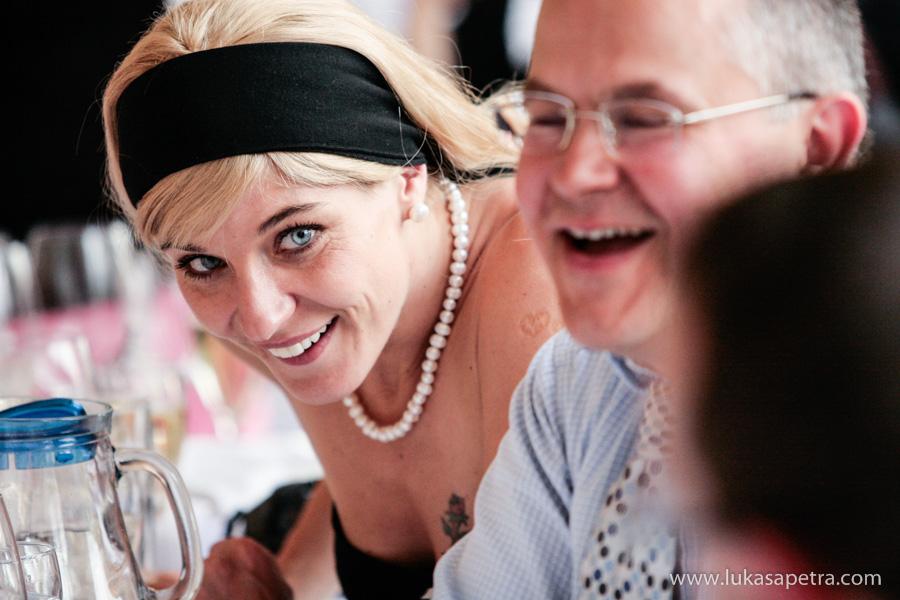 svatebni-hostina-fotografie-046