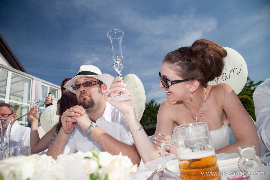 svatebni-hostina-fotografie-056